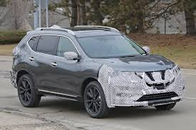 nissan rogue 2017 nissan rogue spied with cosmetic updates autoevolution