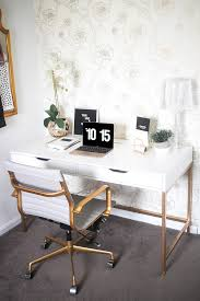 white and gold offices an sophisticated and inspirational