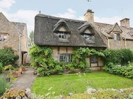 cotswolds cottage cruck cottage in broadway worcestershire the cotswolds