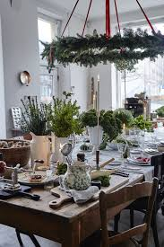 over the top decorating ideas for the holiday enthusiast