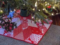 sewn hexagonal christmas tree skirt and dala horse pillow covers