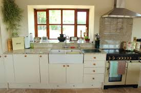 Kitchen Cabinets Pine Types Of Pine Kitchen Cabinets That U0027ll Impart A Neat And Tidy Look