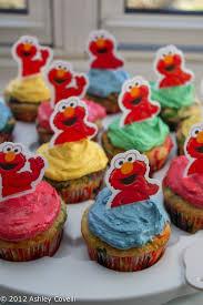 elmo cupcakes sedaris vanilla cupcakes w vanilla buttercream frosting big