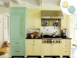 what color countertops go with cabinets 12 kitchen cabinet color ideas two tone combinations this