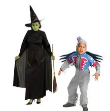 Flying Monkey Costume 11 Easy Mommy And Me Halloween Costumes