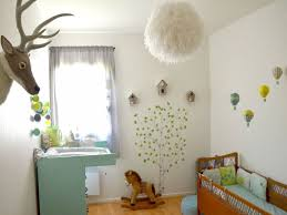 astuce déco chambre bébé chambre chambre bébé deco unique chambre jungle fille avec stickers