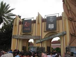 alice cooper house halloween horror nights universal landing a second review of halloween horror nights 22