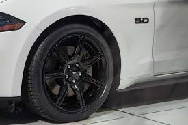 White Mustang Black Wheels 11 Significant Changes To The Refreshed 2018 Ford Mustang Motor