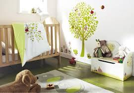 decoration murale chambre design interieur décoration murale chambre bébé arbre vert