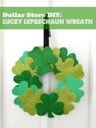 diy st s day craft wreath living a frugal