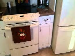 kraftmaid dove white kitchen cabinets kraftmaid cabinetry sedona maple dove white w cocoa glaze