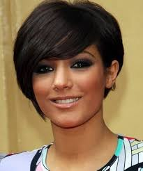very short gray color hairstyles for women over 50 with glasses