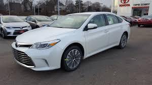 new 2017 toyota avalon xle premium 4dr car in boston 17818