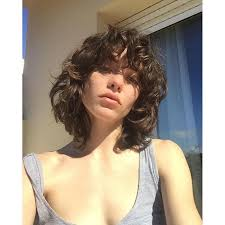 bi level haircut pictures the new model shag haircut is spring s easiest haircut vogue