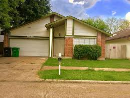 House For Sale In Houston Tx 77072 6427 Gladewell Drive Houston Tx 77072 Greenwood King Properties