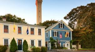 where is the best area to stay in cape cod
