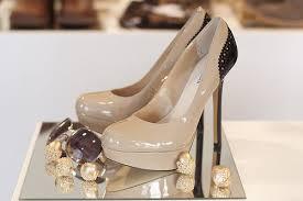 أحذية ولاأروووووووووع images?q=tbn:ANd9GcS