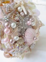 wedding bouquets with seashells 140 best wedding flowers images on bridal bouquets