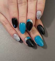 40 gorgeous crescent moon nails art and design
