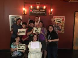 team strangers in a room the great houdini escape room