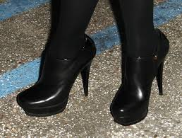 more pics of leslie mann ankle boots 1 of 9 ankle boots