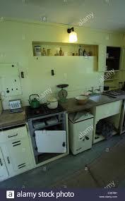 kitchen sink old fashioned stock photos u0026 kitchen sink old