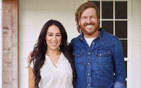 target announces u0027fixer upper u0027 home goods line from chip and