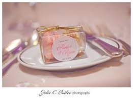 C Favors by 25 Macaroon Wedding Favors Ideas On Gold Macaron
