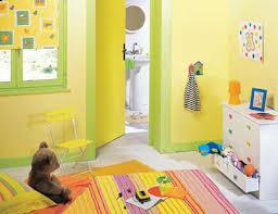 chambre b b jaune couleur jaune chambre bebe waaqeffannaa org design d intérieur