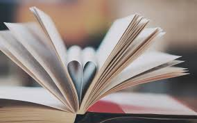 book pages heart love 7015084