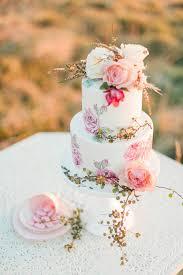 sweet deer hand painted cakes tauranga weddings