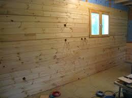 chambre en lambris bois chambre en lambris bois habillage chambre avec lambris bois