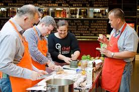 le marché des cours de cuisine cours de cuisine hongroise avec balade dans le marché d alimentation