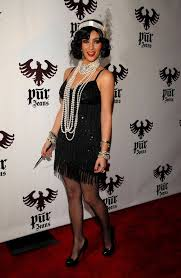 20s Halloween Costumes Kim Kardashian Rocked U002720s Inspired Costume 2008