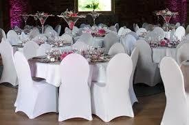 couvre chaise mariage location de housses de chaises la boite à delices