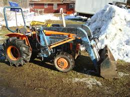 kubota l 225 dt 4 wheel drive compact tractor with front loader