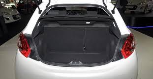 Popular Citroen C3 ou Peugeot 208 - Qual o melhor carro hatch &XW83