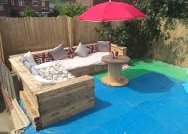 patio garden corner seating with pallets u2013 pallets recycle