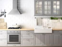 Lidingo Kitchen Cabinets Cucina Faktum Con Ante Ante A Vetro Frontali Cassetto Lidingö