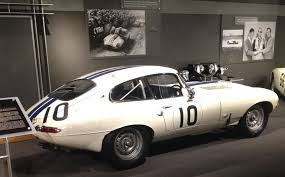 jaguar car png poeschl on cars racing improves the breed cunningham u0027s jaguar e