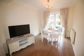 Laminate Flooring In Liverpool Whitegates Huyton 3 Bedroom House For Sale In Birch Road Liverpool