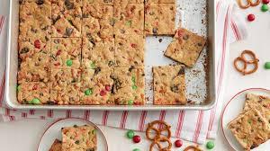 christmas chocolate loaded chocolate chip cookie christmas bars recipe bettycrocker