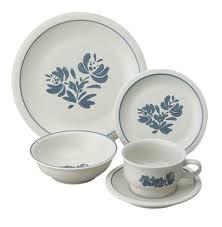 pfaltzgraff yorktowne 20 dinnerware set