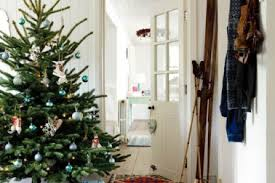country christmas decorating ideas home 24 country holiday decorating decor interior 33 christmas