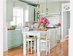 tall white kitchen table decoração casa de praia beach house decor beach cottage kitchens
