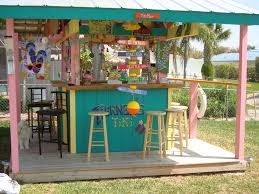 Polynesian Home Decor by Best 25 Outdoor Tiki Bar Ideas On Pinterest Tiki Bars Outdoor
