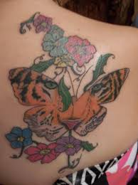 color ink tiger butterfly and flowers tattoos on right back shoulder