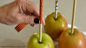 candy apple ideas for halloween candy corn caramel apples