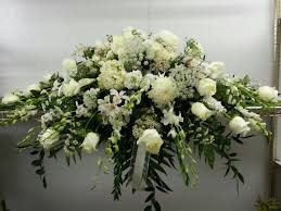 funeral flowers delivery best 25 cheap flower delivery ideas on send flowers