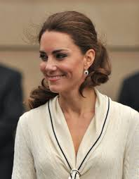 kate middleton diamond earrings kate middleton s best jewelry gifts from the royal family